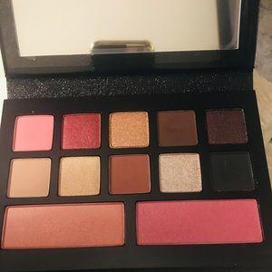 Lancome Gorgeous makeup Compact kit w/ Mirror🌹